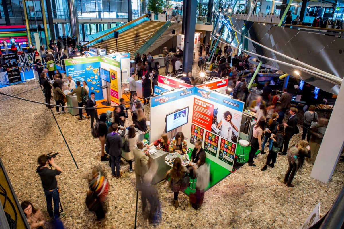 Corner Exhibition Stands Day : Innovations and exhibitions u2013 global festival of action